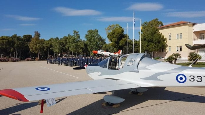 Σχολή Ικάρων Πολεμική Αεροπορία εκπαιδευτικά αεροσκάφη