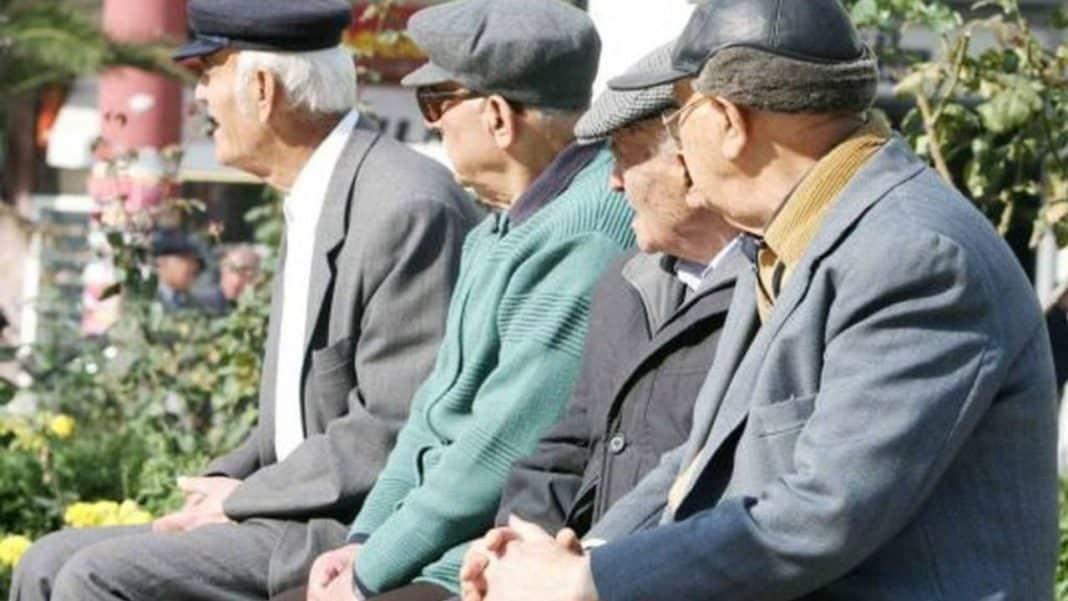 13η σύνταξη 2020 βοήθημα συνταξιούχων κοινωνικό μέρισμα Αναδρομικά συνταξιούχων ΙΚΑ, ΟΑΕΕ, ΕΦΚΑ, ΟΓΑ