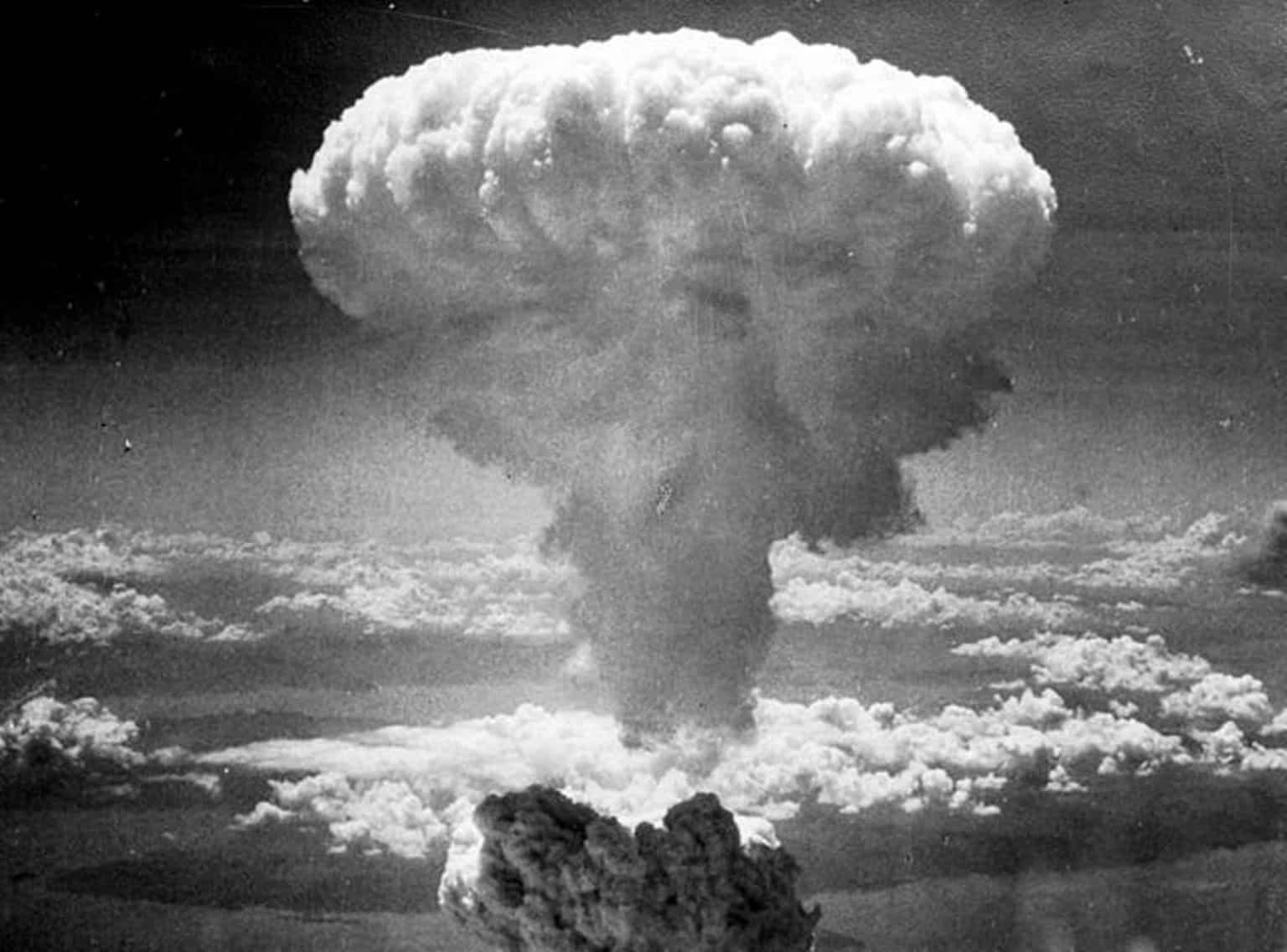 16 Ιουλίου 1945: Πρόγραμμα Μανχάταν -1η δοκιμή ατομικής βόμβας