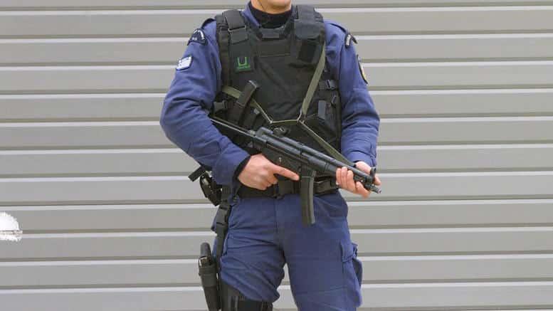 Συνοριοφύλακες 2020 Προκήρυξη: 400 προσλήψεις - Δικαιολογητικά - Αναλυτικά στοιχεία για τις προϋποθέσεις υποβολής αίτησης Ειδικοί Φρουροί 2019: Αποτελέσματα για την προκήρυξη στην Αστυνομία ΕΠΟΠ, ΕΠΥ, ΟΒΑ Ειδικοί Φρουροί 2019 - Προκήρυξη: Στο ΦΕΚ Ειδικοί Φρουροί προκήρυξη