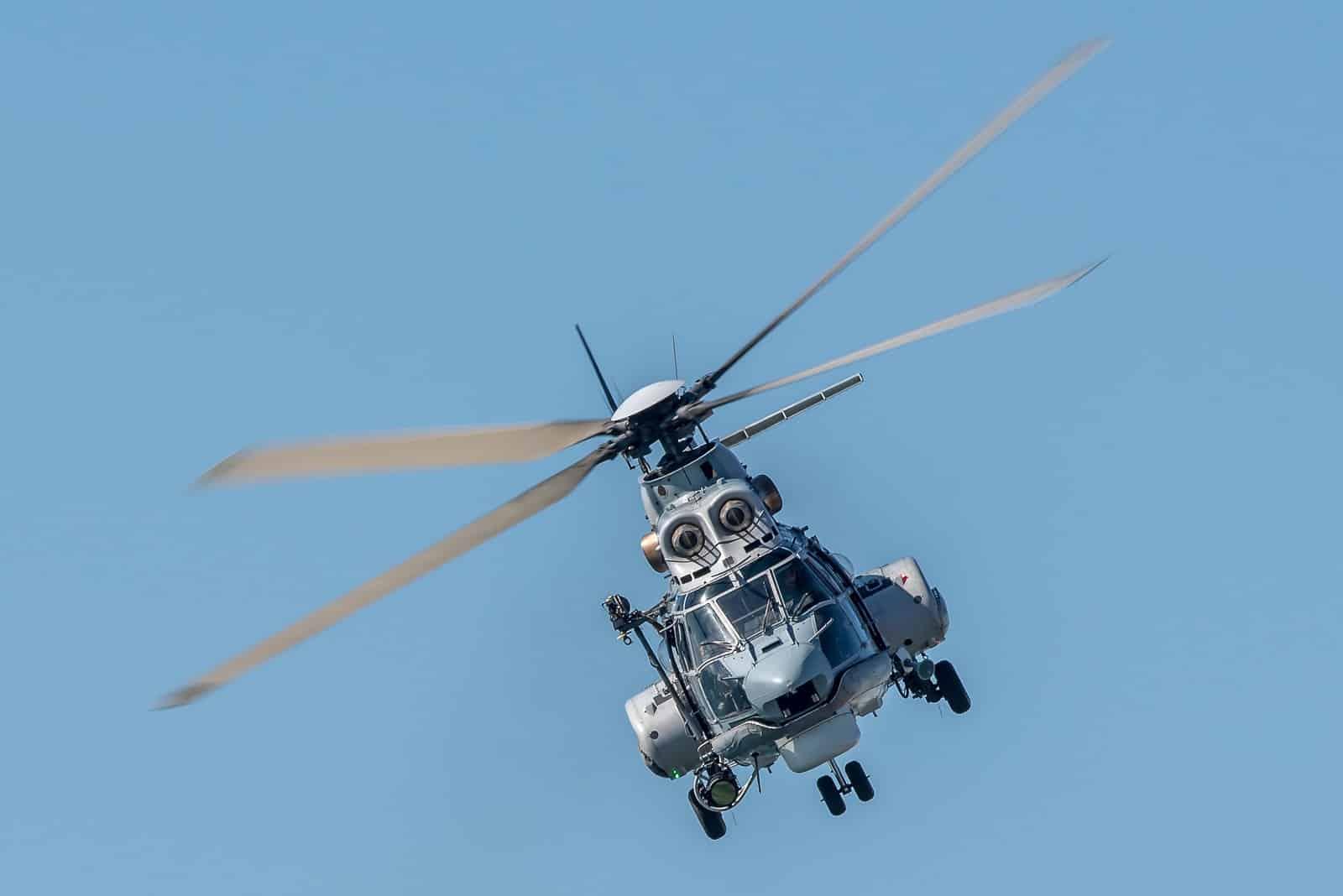 Ένας ...πιλότος γεννήθηκε στη Σίφνο - Πέταξε Super Puma την πρώτη ώρα