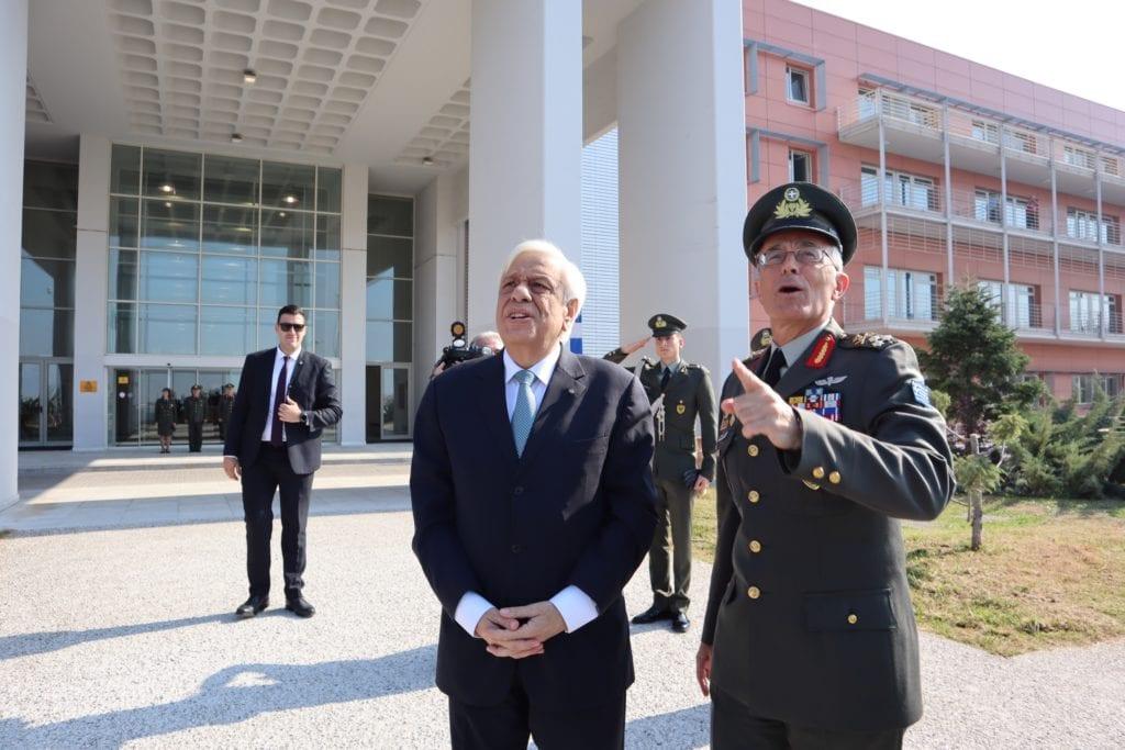 424 Στρατιωτικό Νοσοκομείο: Επίσκεψη Παυλόπουλου - Καμπά