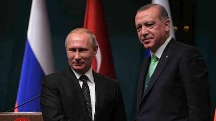 Πούτιν και Ερντογάν συζητούν για την τουρκική εισβολή στη Συρία