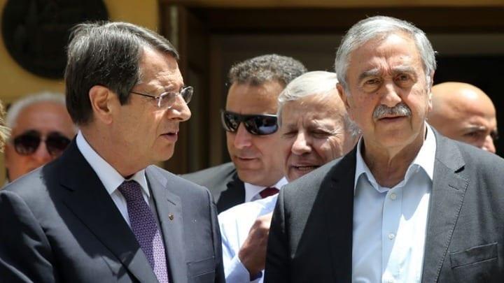Τριμερής για το Κυπριακό στο Βερολίνο υπό το βλέμμα του ΓΓ ΟΗΕ