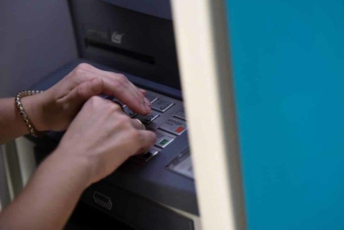 17 Δεκεμβρίου: Τι ώρα μπαίνουν οι συντάξεις Ιανουαρίου 2020 ΟΑΕΕ ΟΓΑ στα ΑΤΜ - Από σήμερα το απόγευμα ξεκινούν οι πληρωμές
