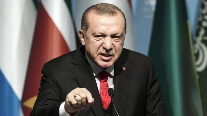 Ερντογάν σε Μακρόν: «Κοίτα τον δικό σου εγκεφαλικό θάνατο»