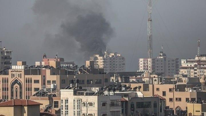 Ισραηλινή Αεροπορία: Σφυροκόπησε τη Λωρίδα της Γάζας