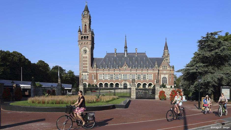 Σταύρος Λυγερός: Γιατί η Χάγη είναι πρόσχημα κι όχι ασφαλές «καταφύγιο»