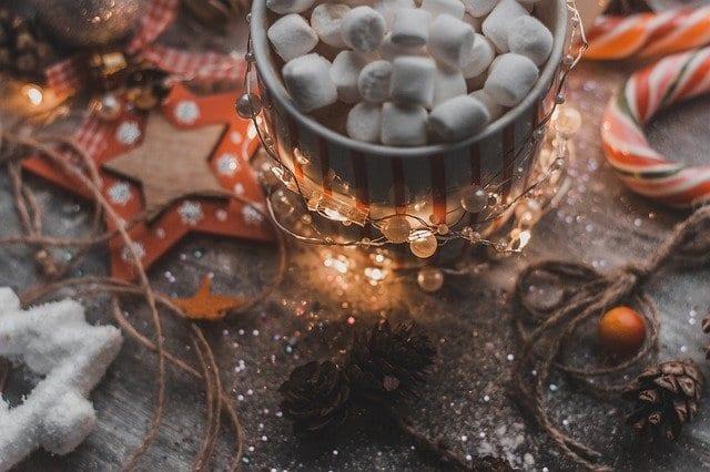 Γιορτή σήμερα 27/12 Εορτολόγιο Ποιοι γιορτάζουν 28 Δεκεμβρίου στην Ορθόδοξη Εκκλησία - Μην ξεχάσετε να τους πείτε τα χρόνια πολλά
