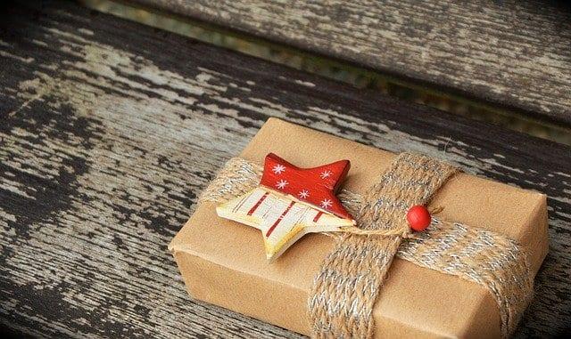 Εορτολόγιο 14, 15 Δεκεμβρίου Γιορτή σήμερα Ποιοι γιορτάζουν 14/12 στην Ορθόδοξη Εκκλησία - Άγιος Ελευθέριος - Μην ξεχάσετε να ευχηθείτε χρόνια πολλά