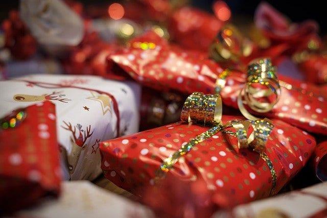 Γιορτή σήμερα 30, 31 Δεκεμβρίου Εορτολόγιο Ποιοι γιορτάζουν 31/12 στην Ορθόδοξη εκκλησία - Μην ξεχάσετε να ευχηθείτε τα χρόνια πολλά