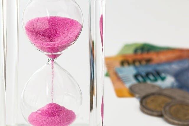 Συντάξεις Φεβρουαρίου 2020 ΕΦΚΑ ΙΚΑ ΟΑΕΕ Ποιοι παίρνουν αναδρομικά Α21 ΟΠΕΚΑ: Τι ώρα μπαίνει το επίδομα παιδιού γ' δόση 2020 A21