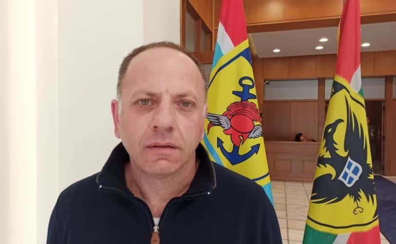 Μισθολόγιο ΕΜΘ: Δικαίωση του στρατιωτικού συνδικαλιστή Α. Κασιδόπουλου Στρατιωτικός συνδικαλισμός: Επώνυμη καταγγελία για το πώς συνδικαλιστές στελέχωσαν το γραφείο του υπουργού. Ο εισαγγελέας ακούει;