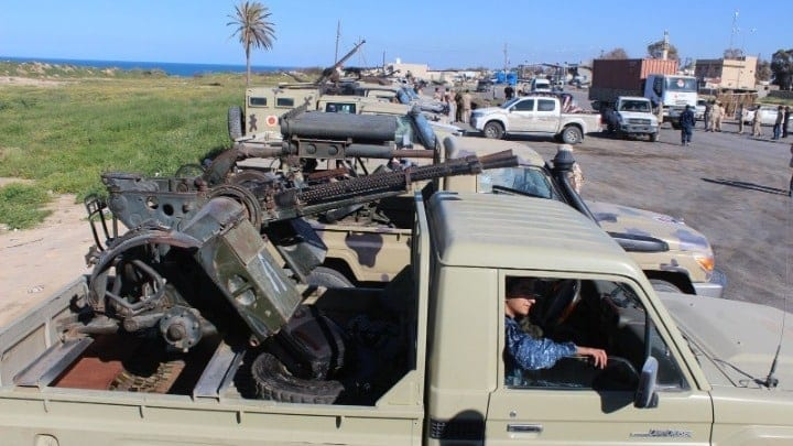 Λιβύη: Περίπου 2.400 σύρους μαχητές έχει μεταφέρει η Τουρκία, σύμφωνα με το Συριακό Παρατηρητήριο Ανθρωπίνων Δικαιωμάτων.