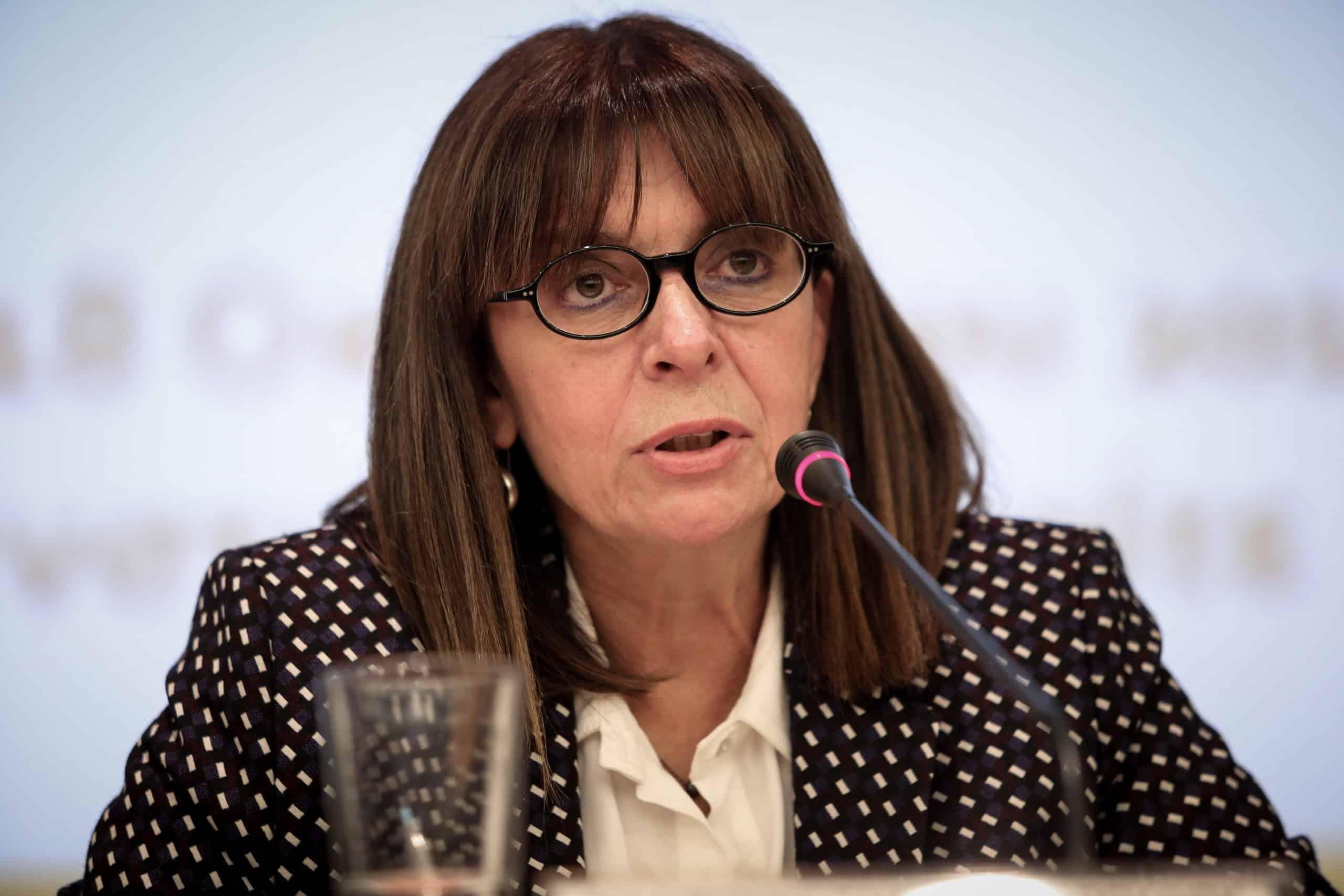 ελληνική επανάσταση Κατερίνα Σακελλαροπούλου: Γυναίκα «Αρχιστράτηγος» στις Κρίσεις 2020