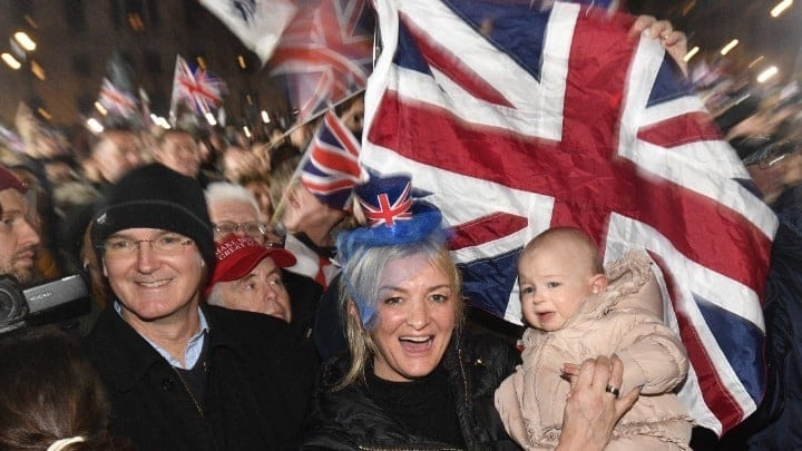 Brexit: Το Ηνωμένο Βασίλειο εκτός Ευρωπαϊκής Ένωσης
