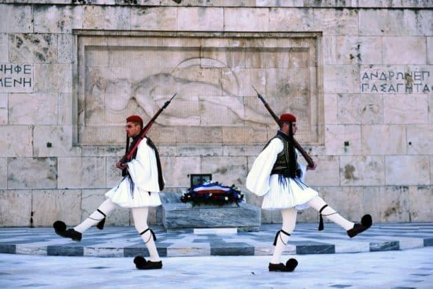 ΥΠΑΜ Γαλλίας: Να προστατευθούν οι ΑΟΖ Ελλάδας Κύπρου 1 ΥΠΑΜ Γαλλίας: Να προστατευθούν οι ΑΟΖ Ελλάδας Κύπρου
