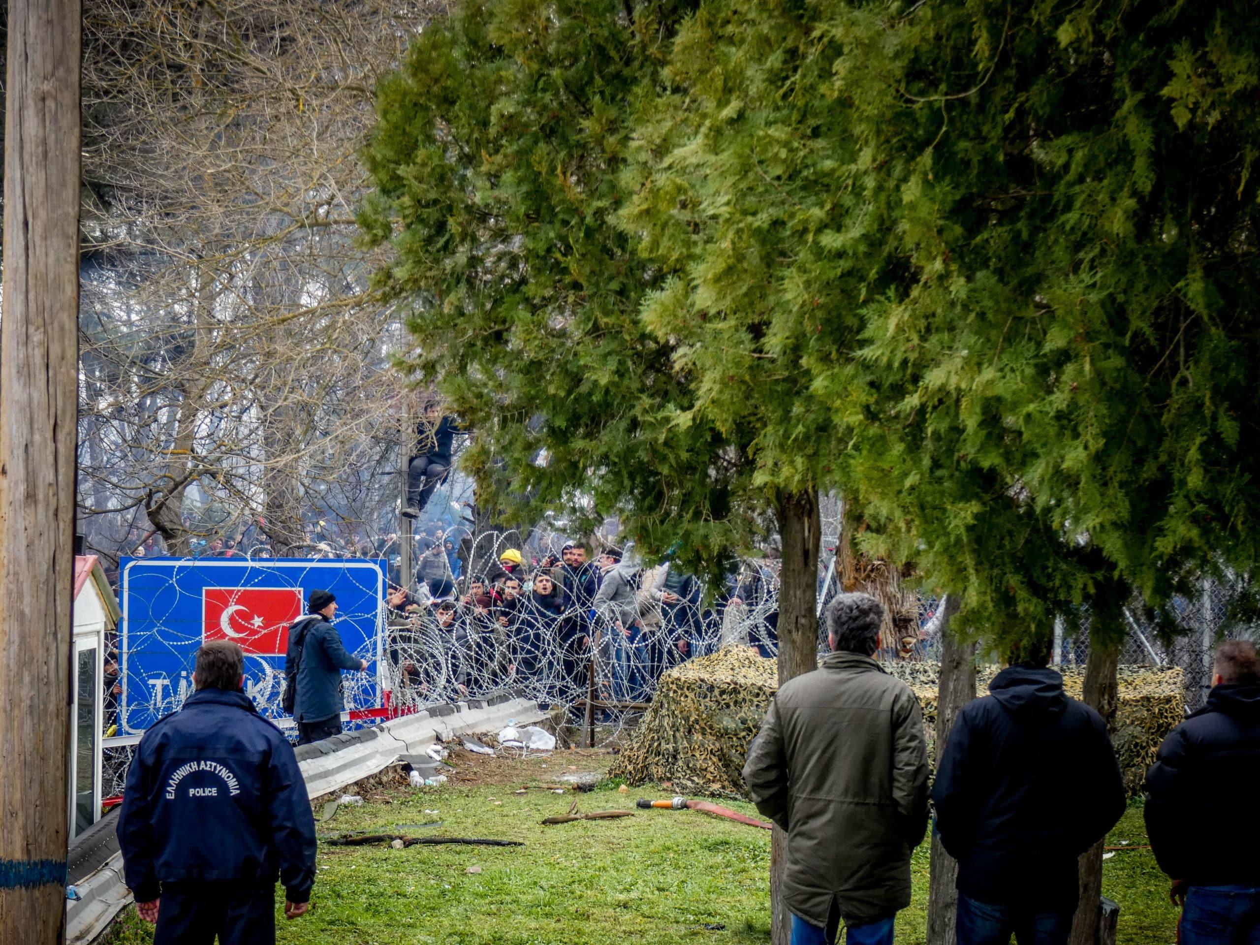 Έβρος ΤΩΡΑ: Η Τουρκία συγκεντρώνει στρατεύματα στις Φέρες Έβρος: Τι συμβαίνει στις Καστανιές - Αποκάλυψη