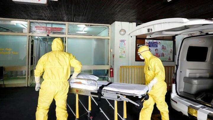 Κοροναϊός: 1100 νεκροί έως σήμερα στην Κίνα Καλπάζει ο θάνατος
