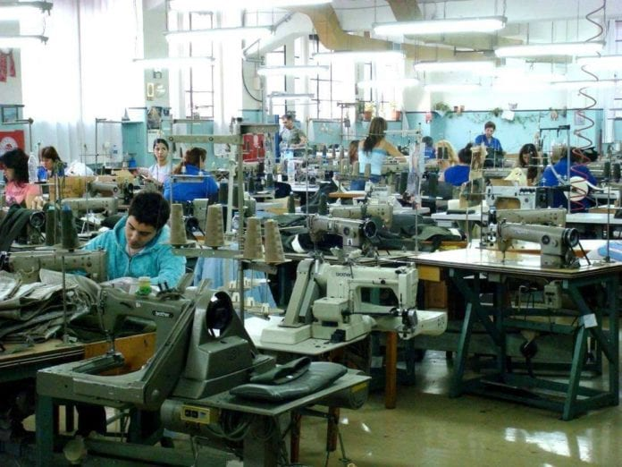 700 ΣΕ: Εργάζονται χωρίς μέτρα για τον κορονοϊό