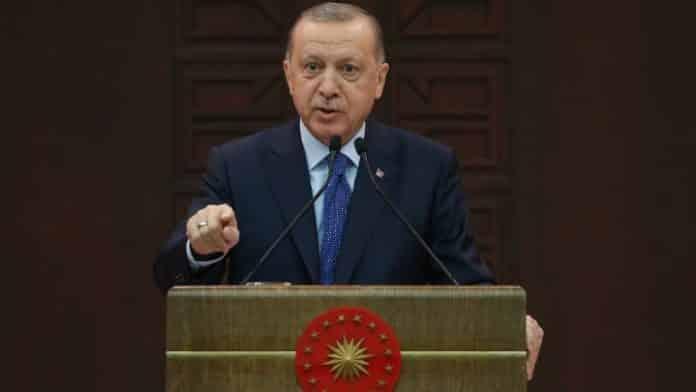 Ερντογάν Τουρκία: Κατεβάζει ρολά Απαγόρευση κυκλοφορίας σε 81 επαρχίες