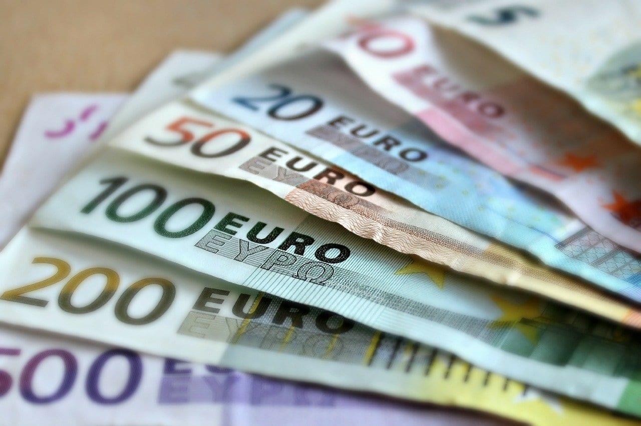 800 ευρώ: Νέα πλατφόρμα για ελεύθερους επαγγελματίες