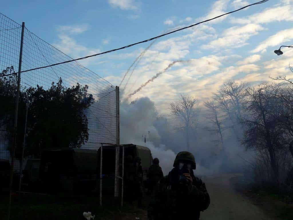 Έβρος ΤΩΡΑ: Επίθεση με χημικά σε ελληνικό φυλάκιο