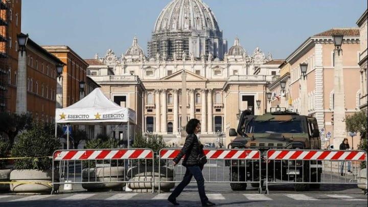 Πάσχα 2020: Χωρίς πιστούς η λειτουργία στην Ιταλία