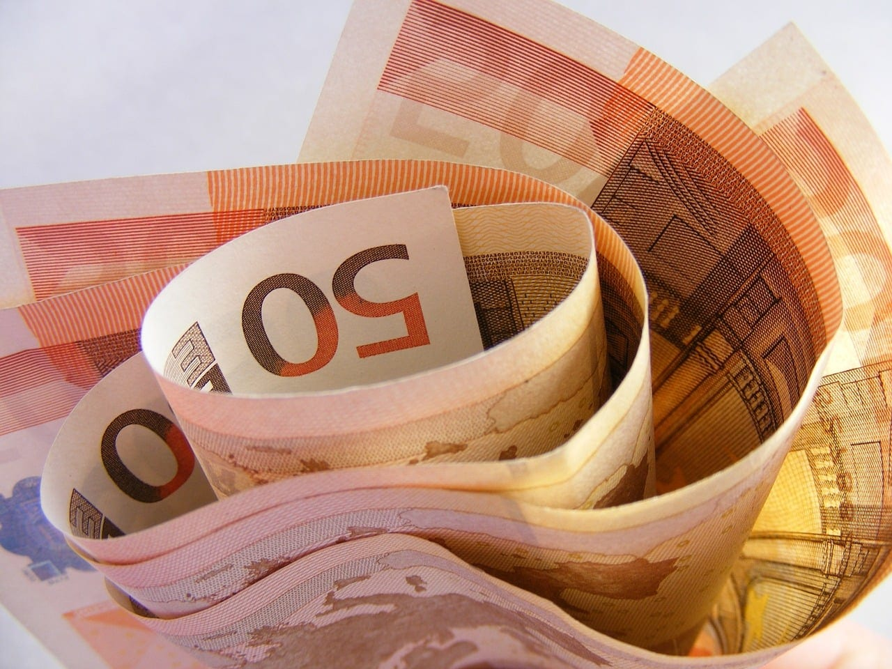 Επίδομα 400 ευρώ Επίδομα ανεργίας 2020 Δώρο Πάσχα - Επίδομα 600 ευρώ