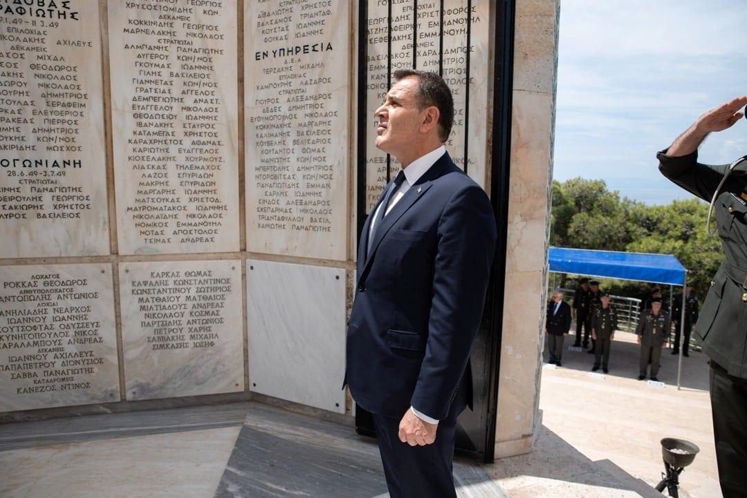 Μνημόσυνο καταδρομέων: Εξοστράκισαν τον Αρχηγό ΓΕΣ από την ηγεσία