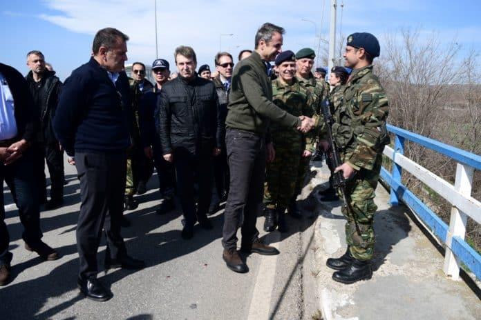 Ένοπλες Δυνάμεις: Τι ΔΕΝ είπε ο Μητσοτάκης για τα στελέχη στη ΔΕΘ Στρατιώτες θητείας: Η μεγάλη αδικία από τον ΥΕΘΑ και το ΓΕΕΘΑ