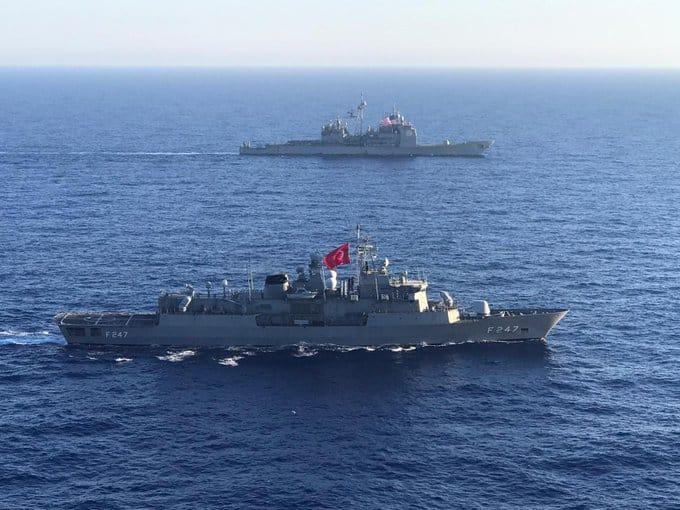 Αεροπλανοφόρο Αϊζενχάουερ: Δικαίωση Μπλαβέρη για τα τουρκικά fake news - Ο 6ος Στόλος ανακοίνωσε συνεκπαίδευση με συνοδευτικό του αμερικανικού πλοίου