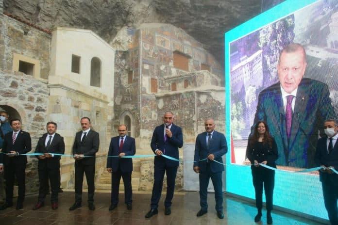 Αγία Σοφία - Σουμελά: Double score του Ερντογάν - Ήττα Αθήνας Μόσχας