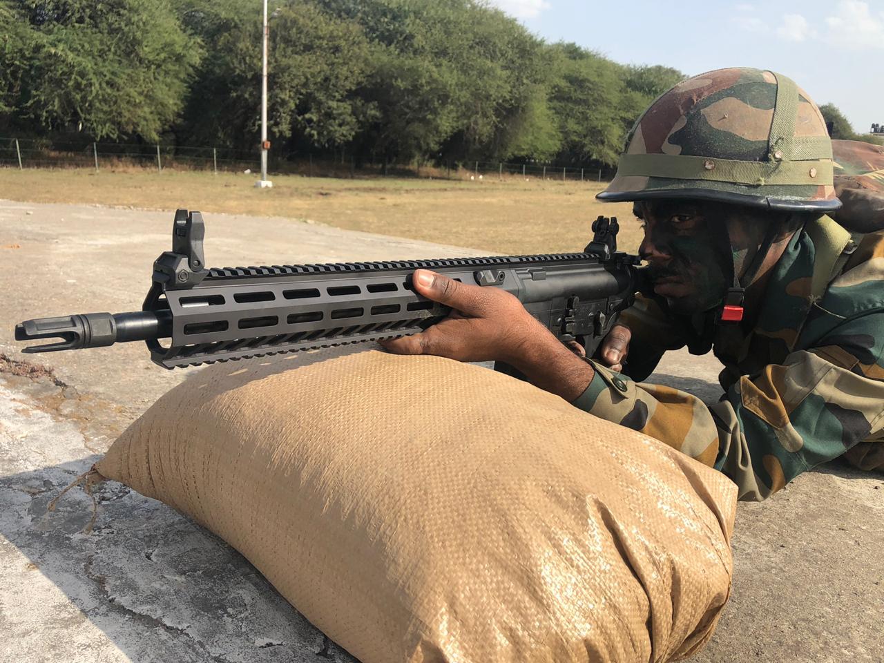 τυφέκιο Εθνικό όπλο: Πάμε για νέα τραγωδία σαν τα ΕΑΣ, ΕΛΒΟ, ΕΝΑΕ, ΕΑΒ