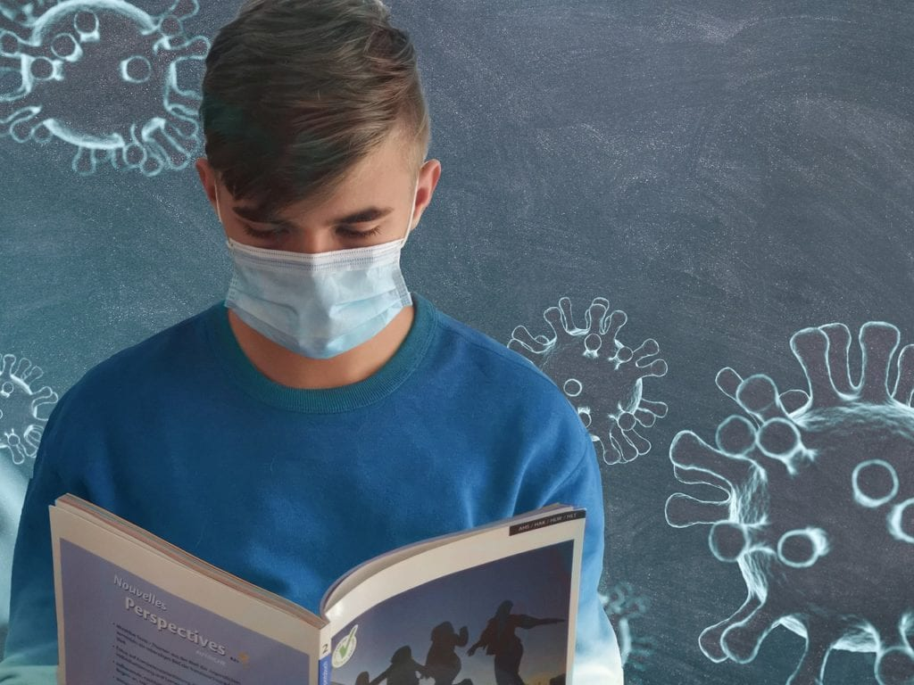 Άνοιγμα Σχολείων 7 Σεπτεμβρίου: Ποιος θα πληρώσει τις μάσκες Κορονοϊός: Να μην ανοίξουν σχολεία τον Σεπτέμβριο αν συνεχιστεί η ροή με τα κρούσματα ζητά επιδημιολόγος - Μεγάλη η διασπορά σε σχέση με τον Μάρτιο