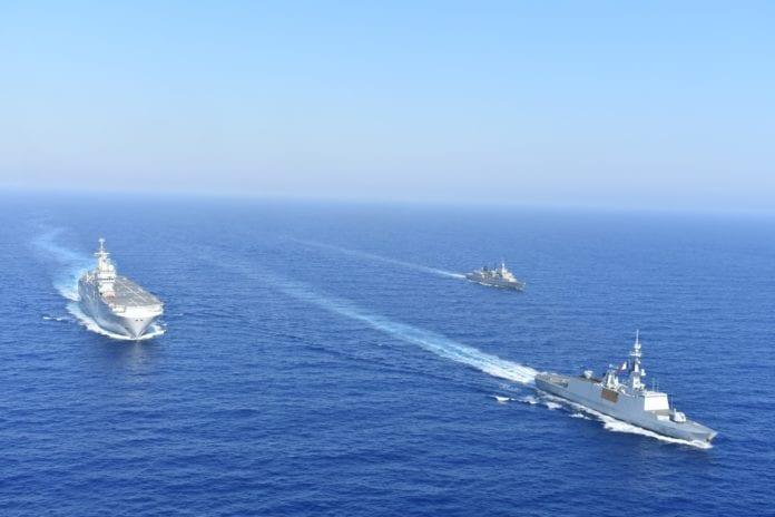 Ελικοπτεροφόρο Tonnerre πήγε Βηρυτό ελλάδα Γαλλικά Rafale πάνω από το Oruc Reis: Ελλάδα Γαλλία νέα συμμαχία