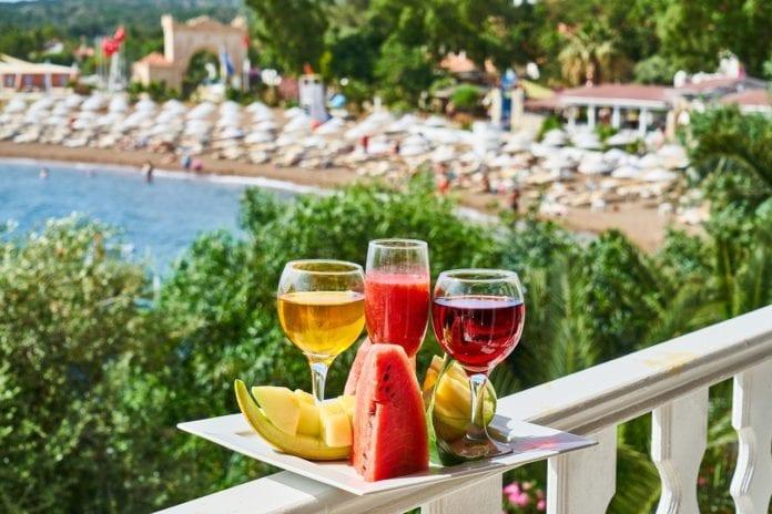 Γιορτή σήμερα Κυριακή 16 Αυγούστου 2020 Εορτολόγιο Ποιοι γιορτάζουν Πρόγνωση ΕΜΥ: Ο καιρός σε Αθήνα, Θεσσαλονίκη και υπόλοιπη Ελλάδα
