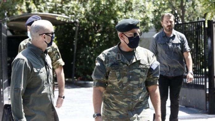 Η ρητορική των στρατιωτικών και η στολή παραλλαγής του Αρχηγού ΓΕΕΘΑ στο ΚΥΣΕΑ - Παράγει ή όχι αποτροπή μια τέτοια κίνηση;