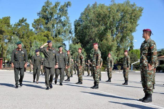 Αλεξιπτωτιστές από τη Βόρεια Μακεδονία με ελληνική «πουλάδα»