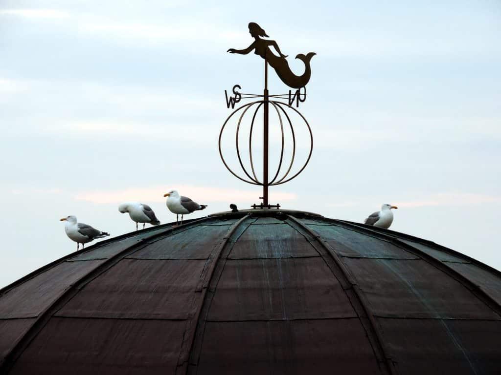 Τι γιορτή είναι σήμερα Παρασκευή 23 Οκτωβρίου Εορτολόγιο Ποιοι γιορτάζουν στις 23/10 - Ο Καιρός σε Αττική, Θεσσαλονίκη, υπόλοιπη Ελλάδα