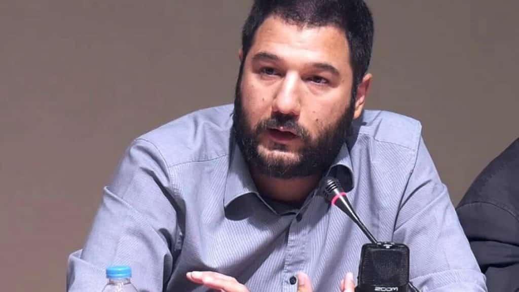 Παραίτηση Μηταράκη για την καταστροφή στη Μόρια ζητάει ο ΣΥΡΙΖΑ