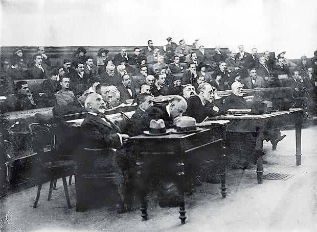 31 Οκτωβρίου 1922: Σαν σήμερα Ξεκινά η «Δίκη των έξι»