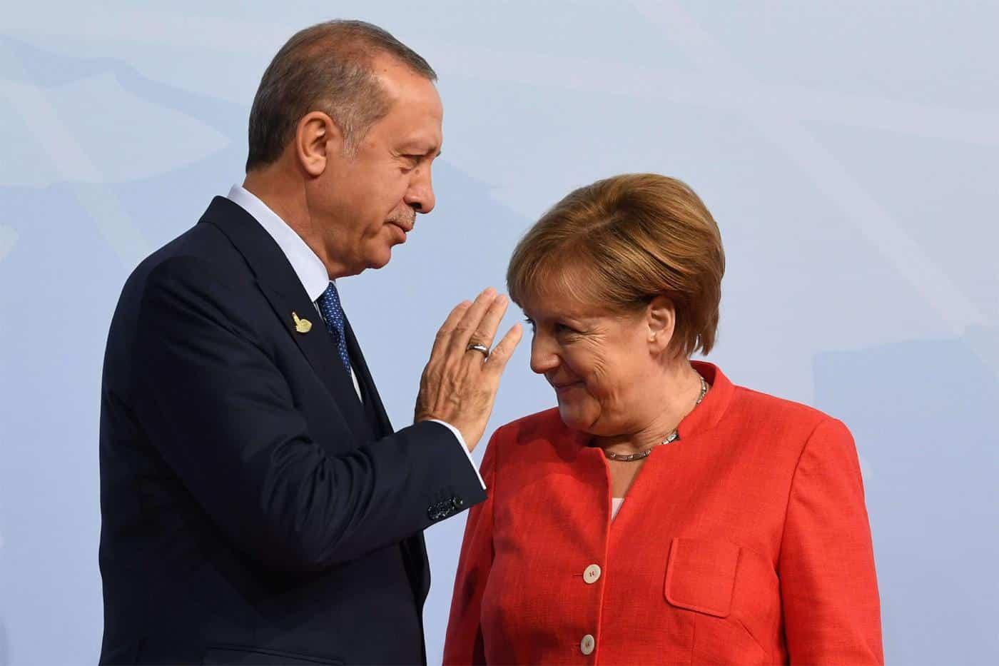 Οι διερευνητικές Ελλάδας - Τουρκίας και η Πενταμερής για το Κυπριακό: Σχέδιο Γερμανών και Βρετανών για διάσωση της Τουρκίας Θα συνεχίσει η Γερμανία να εμποδίζει τις κυρώσεις στην Τουρκία;