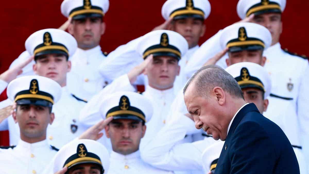αζερμπαϊτζάν Κορονοϊός: Γιατί έχουν «λαλήσει» τα πληρώματα στο Τουρκικό Ναυτικό ερντογάν
