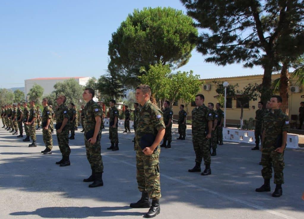 Αύξηση θητείας το Μάιο - Τι θα γίνει με τους στρατιώτες που υπηρετούν
