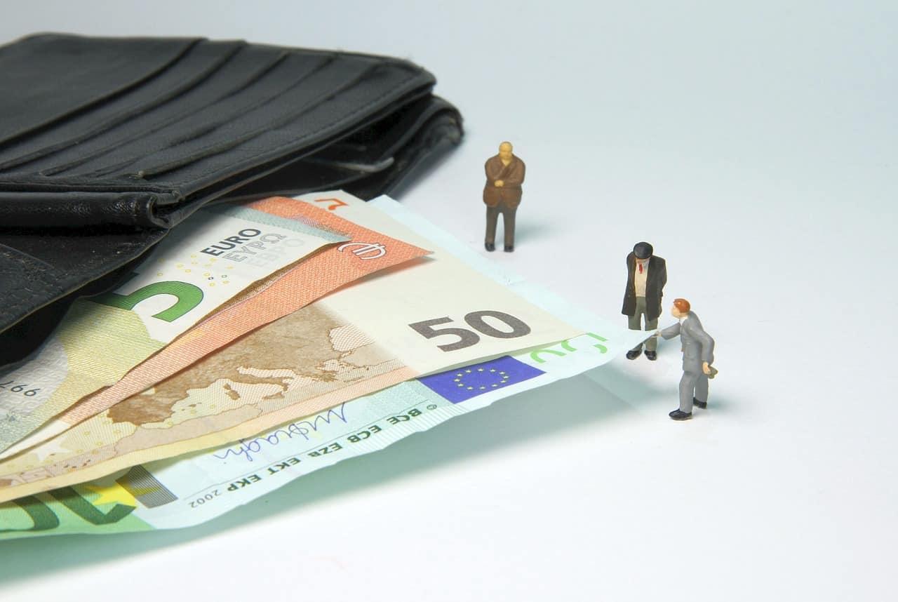 Αποζημίωση ειδικού σκοπού: Ποιοι πληρώνονται σήμερα 12 Μαρτίου, με απόφαση του υπουργού Εργασίας και Κοινωνικών Υποθέσεων